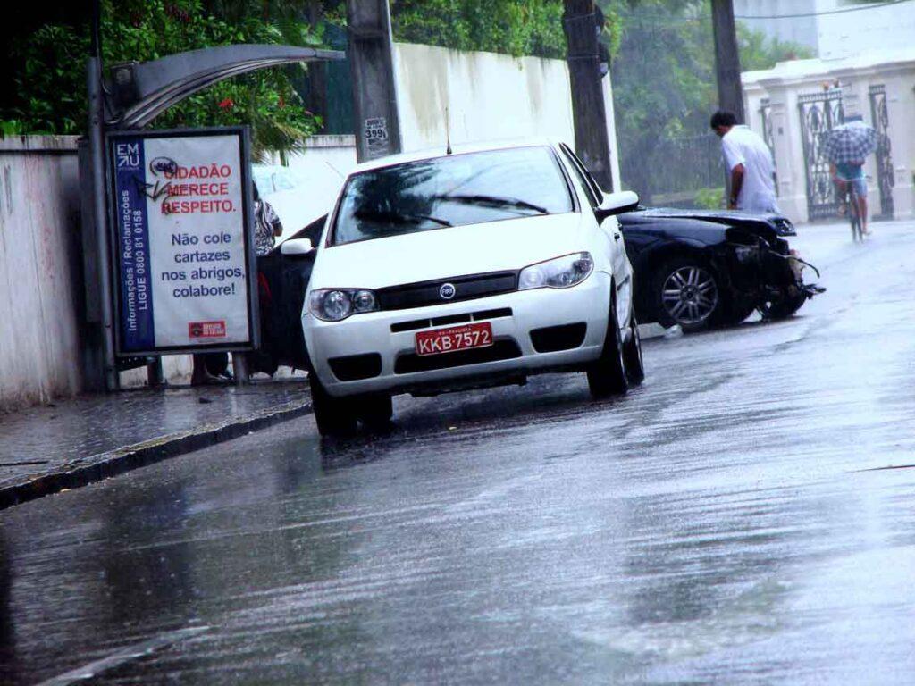 seguro de carro para mulher danos a terceiros