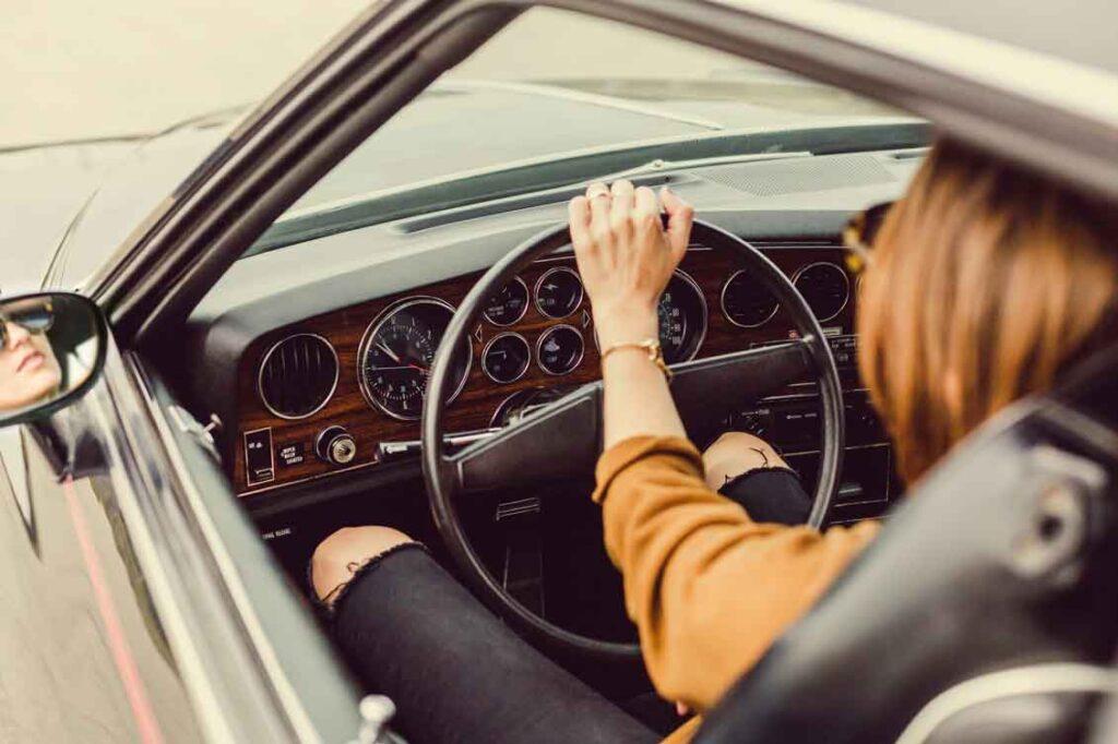 seguro de carro para mulher quando fica mais barato