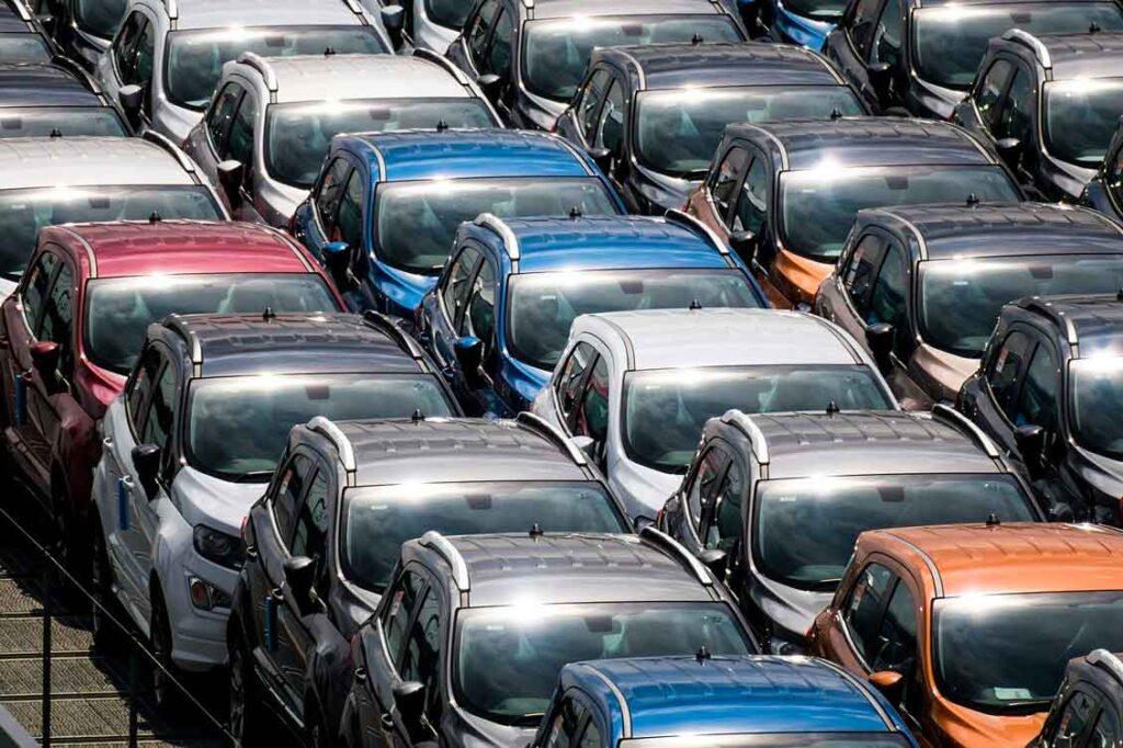 Seguro de carro financiado como é o pagamento