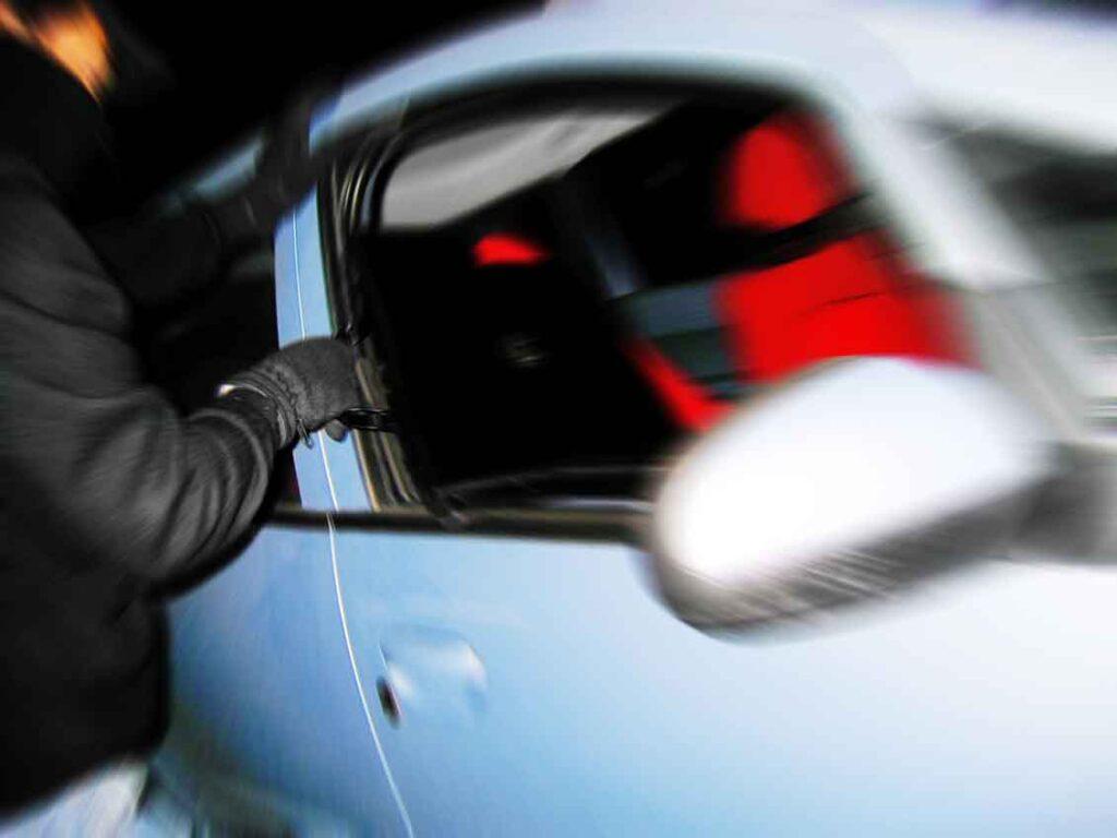 Tokio Marine seguro auto roubo com rastreador