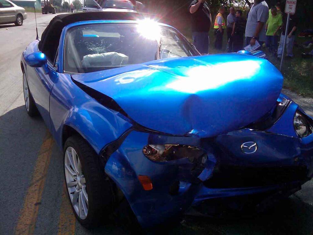 Como acionar o seguro colisões