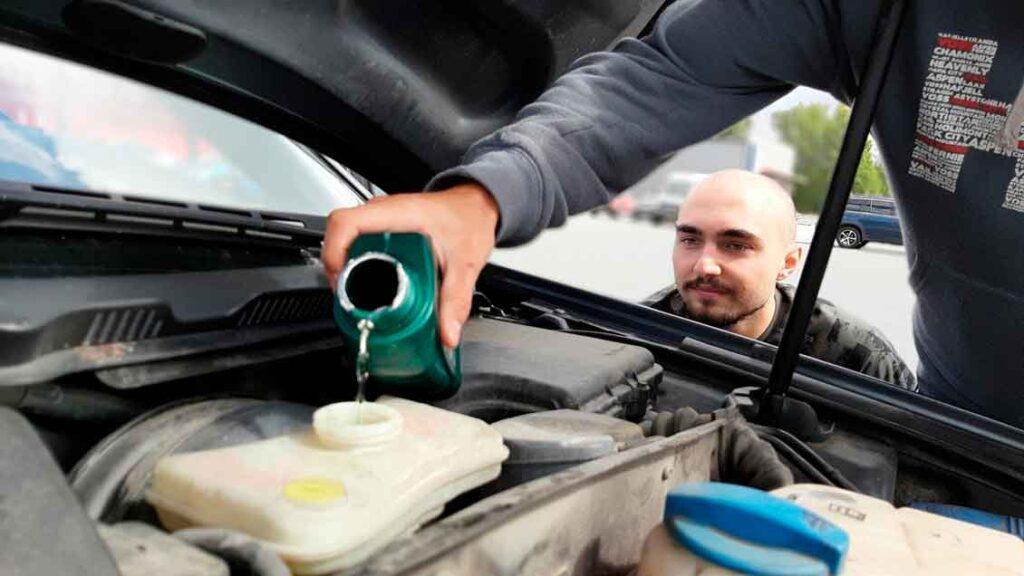 Cuidados com o carro Oleo